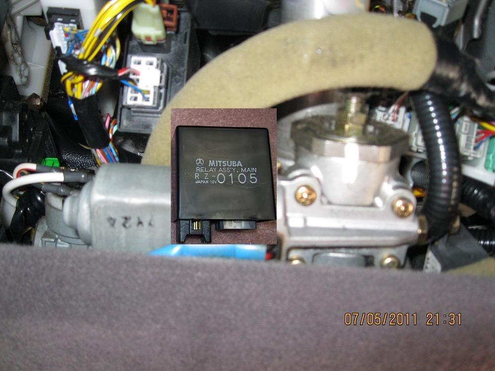 2004 acura tl main relay location